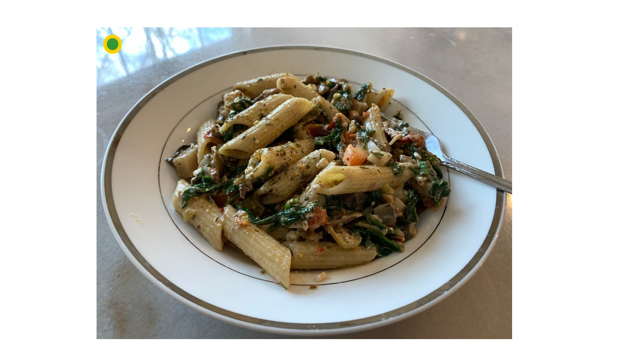 Penne Pasta  with Mushrooms and Spinach