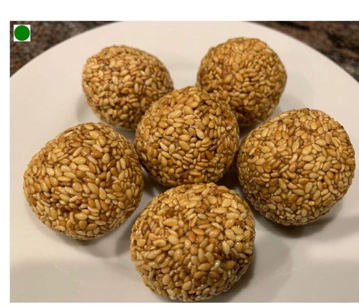 100-Calorie Sesame Seeds  Energy Balls (Til ke laddu)